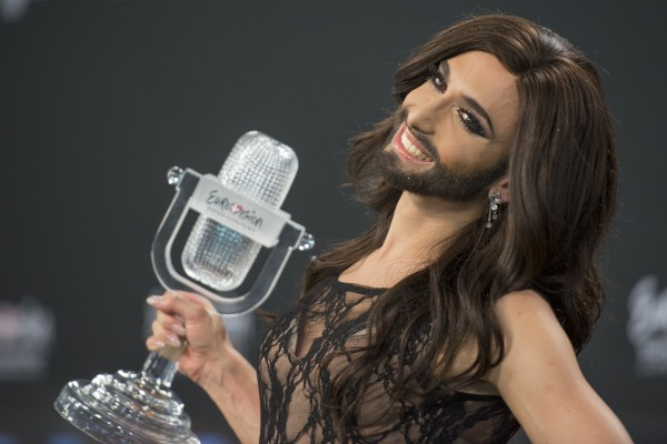 ESC2014_winners_press_conference_11_crop-600x400 conchita wurst